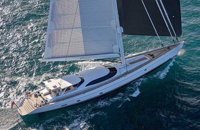 144\' Encore built by Alloy Yachts